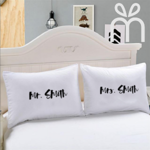 Couple Pillow & Case 'Mr. Smith & Mrs. Smith'