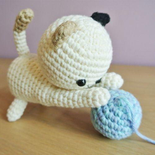 Crochet Playful Kitty Amigurumi