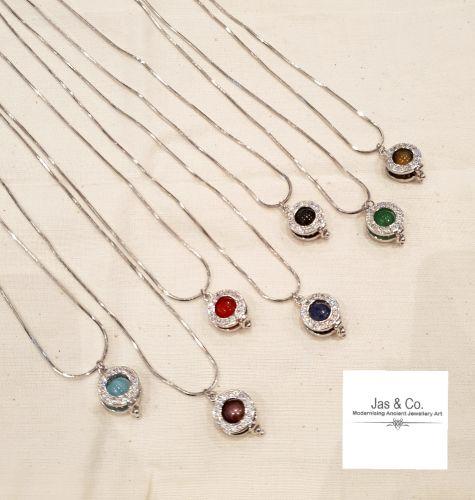 7 wonder crystals pendant