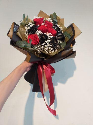 negro y rojo rosa