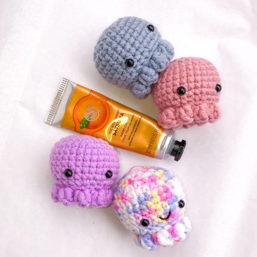 Mini Octopus Amigurumi Crochet Plushie Keychain