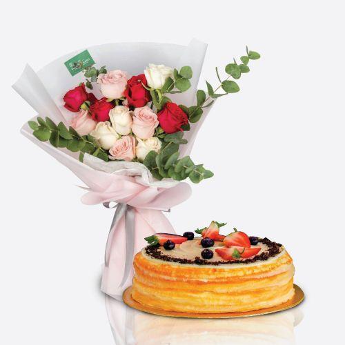 Crepe Cake + Carol Flower Bouquet