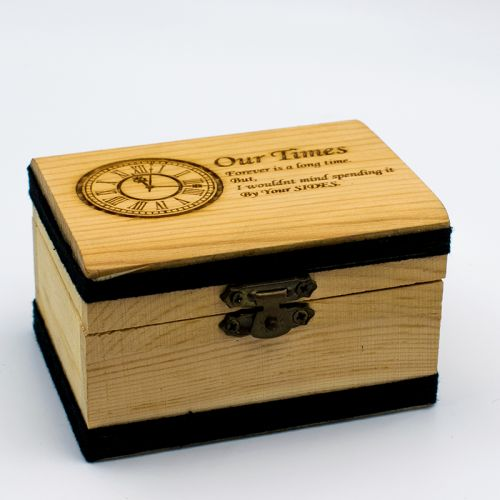 Wood Box (Medium) + FREE ENGRAVING