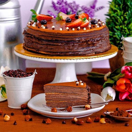 Hazelnut Chocolate Crepe Cake