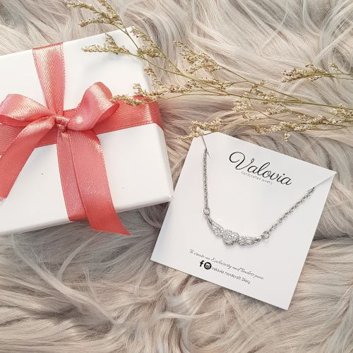Spreading Love Necklace