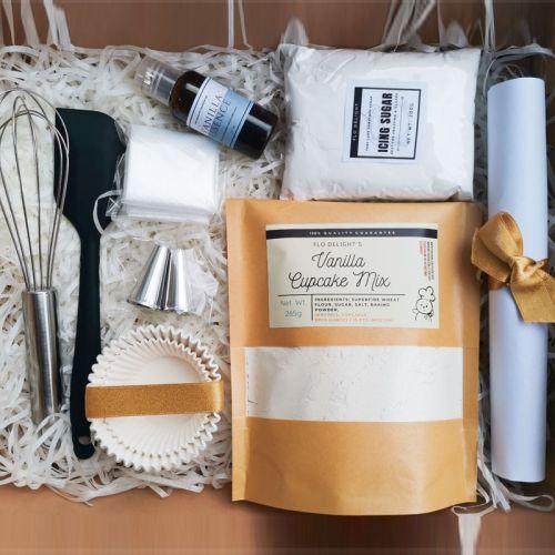 DIY Dessert Gift Box [Classic Vanilla Cupcake]