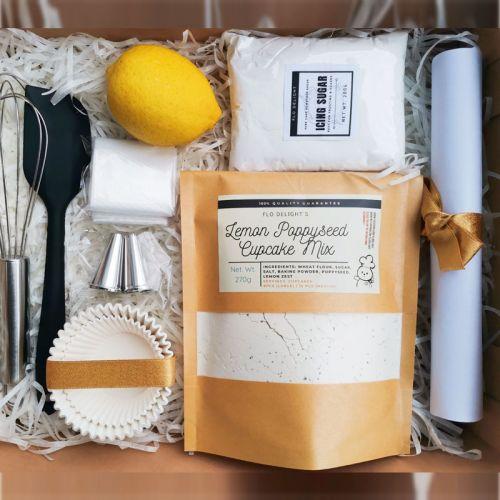 DIY Dessert Gift Box [Lemon Poppyseed Cupcake]