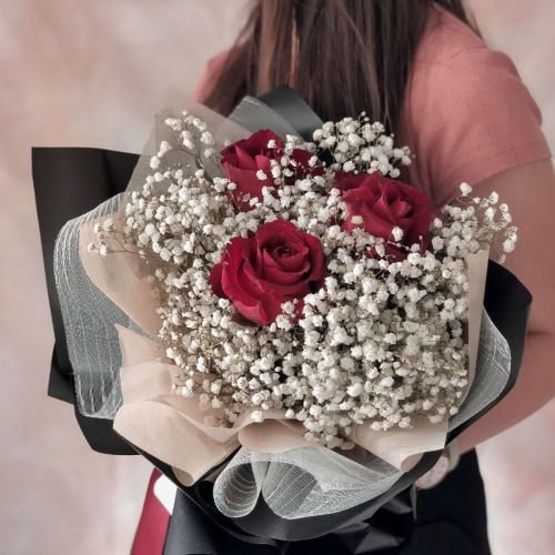Classic 3 Red Roses Baby Breath Bouquet