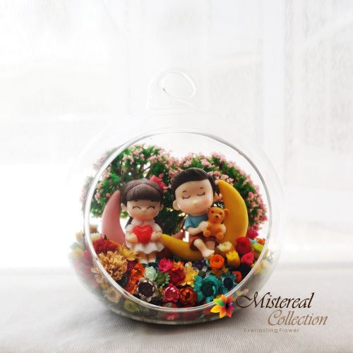 Couple on Moon- Mistereal Preserved Flowers