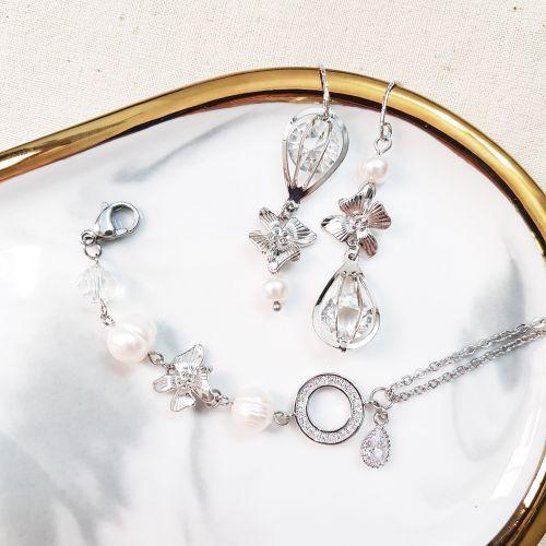 The Exquisite B (Bracelet & Earring)