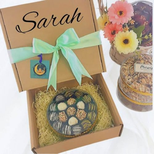 Personalized Raya Gift Box / Biskut Raya HALAL Corporate Gift