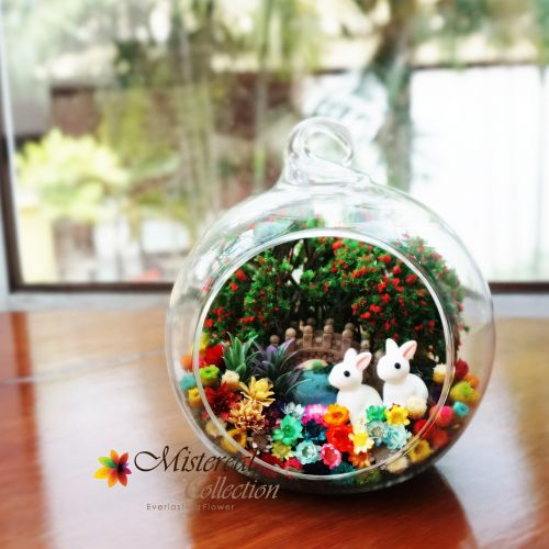 Bunny - Mistereal Preserved Flowers