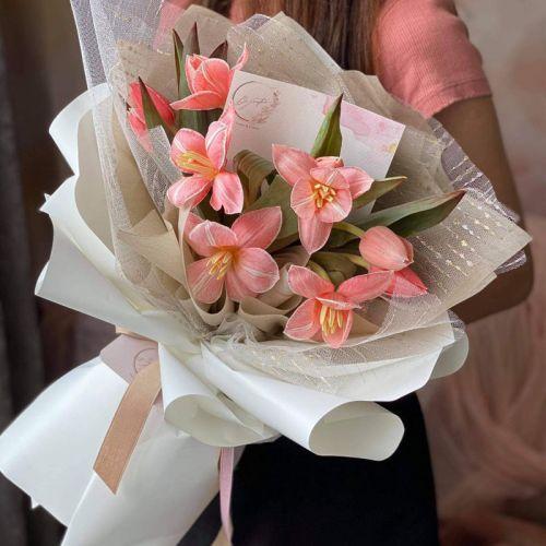 Pure Tulips Bouquet