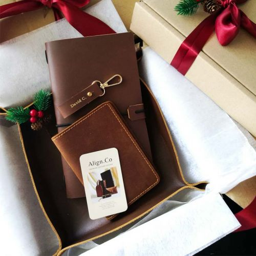 Premium Personalised Leather Gift Set I - Leather Keychain + Leather Passport Holder + Leather Valet Tray (M) + Leather Journal