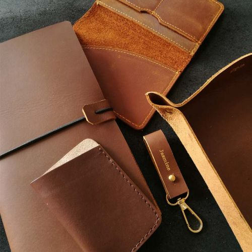 Premium Personalised Leather Gift Set J - Leather Keychain + Leather Passport Holder + Leather Valet Tray (M) + Leather Journal + 7-Pocket Leather Cardholder