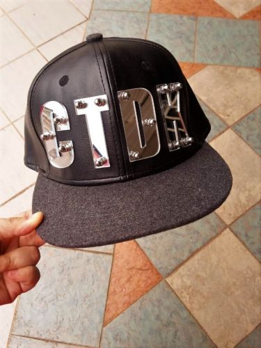 Name on  Leather Snapback Cap Flat ( Adult)