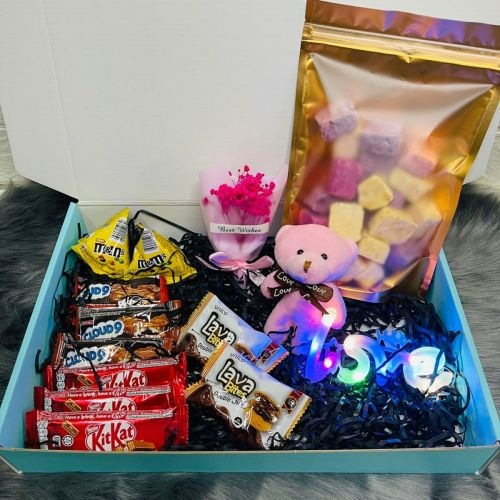 """Sweet Surprise Box with """"Love"""" LED Lights"""