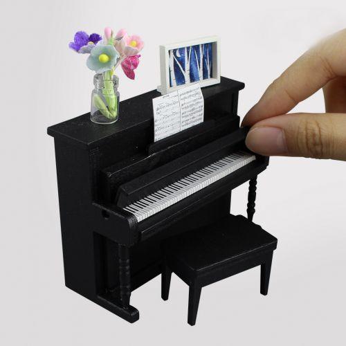1507- Piano Set