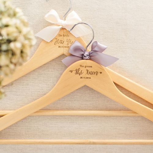 Personalized Wooden Hangers (2 Pieces)