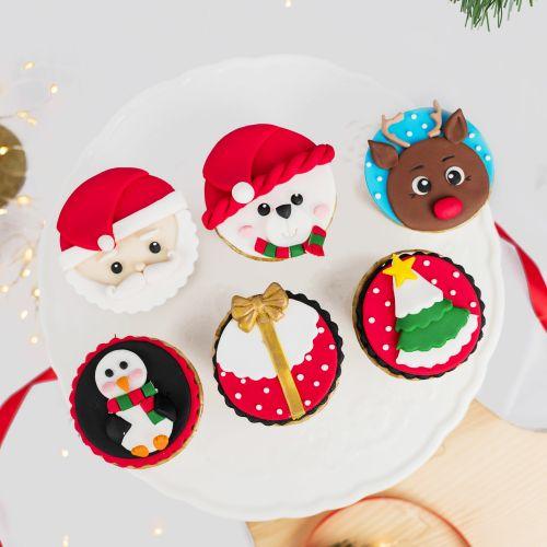 Christmas Fondant Cupcakes (Christmas Cake)