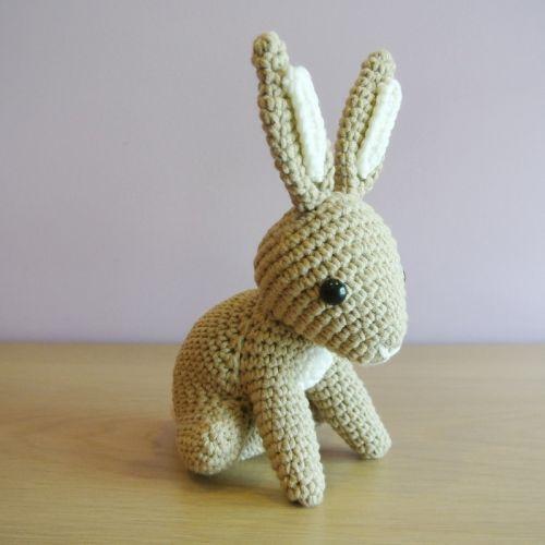 Hopscotch Bunny  Amigurumi