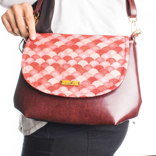 Curvy Pop Sling Bag