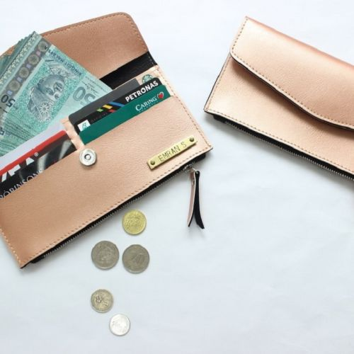 Personalized Wallet with Zip
