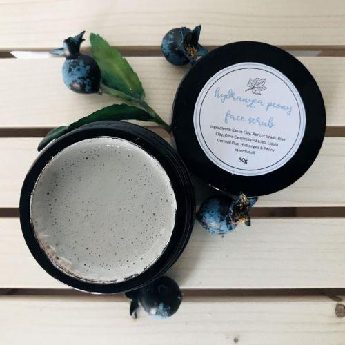 Hydrangea Peony Face Scrub with Apricot Beads