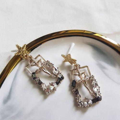 Ballerina Earring
