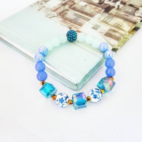 Icy Bluez (Stretchy Bracelet)