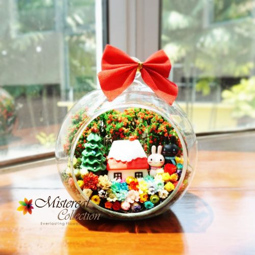 Christmas Bunny - Mistereal Preserved Flowers