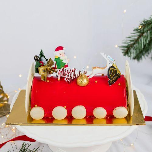 Red Velvet Log Cake (Christmas Cake)