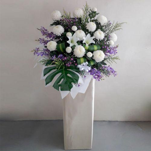 Condolence Stand [Simpatia viola bianca]